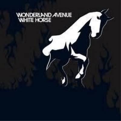 WHİTE HORSE