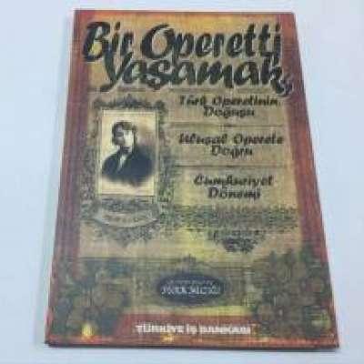 Bir Operetti Yaşamak - Kitap Album