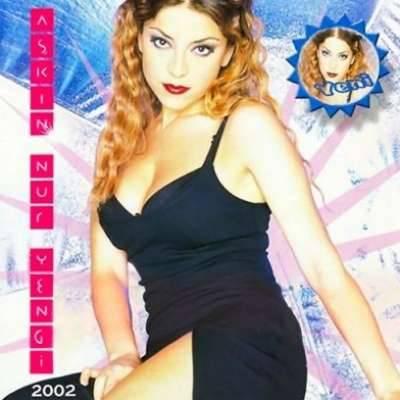 Aşkın Nur Yengi 2002