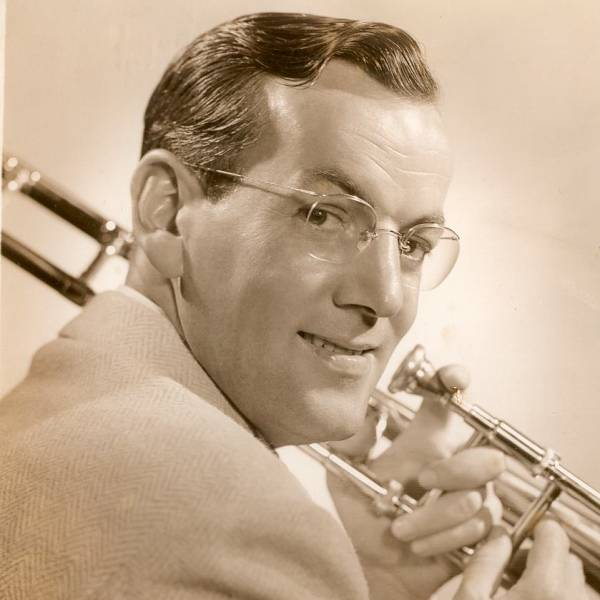Glenn Miller abd His Orchestra Plus Special Guests: In the Mood