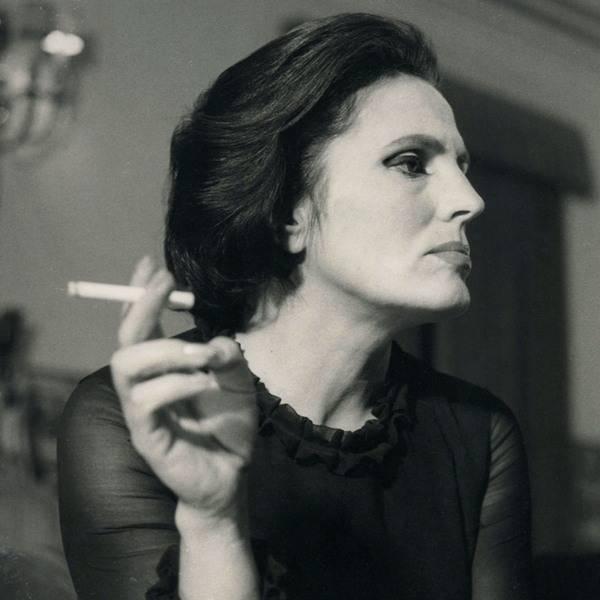 Amalia Rodrigues: Busto