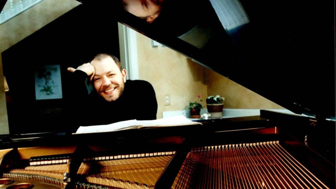 Özgür Aydın Piano Live Recording