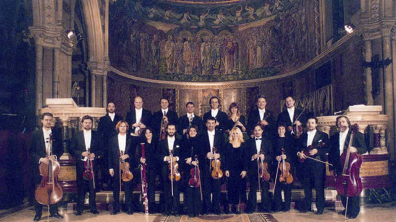 Amadeus Chamber Orchestra