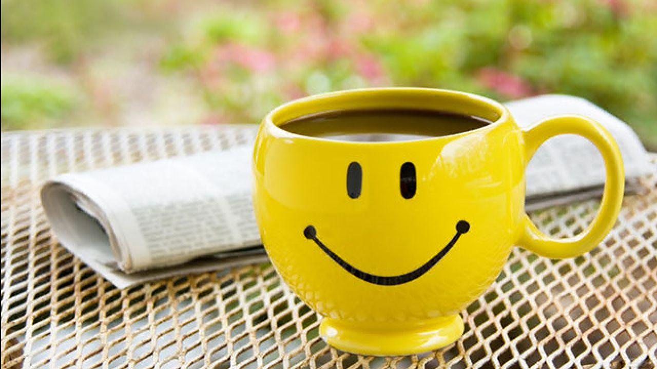 подзорной трубы картинка утренняя улыбка плечи, узкий