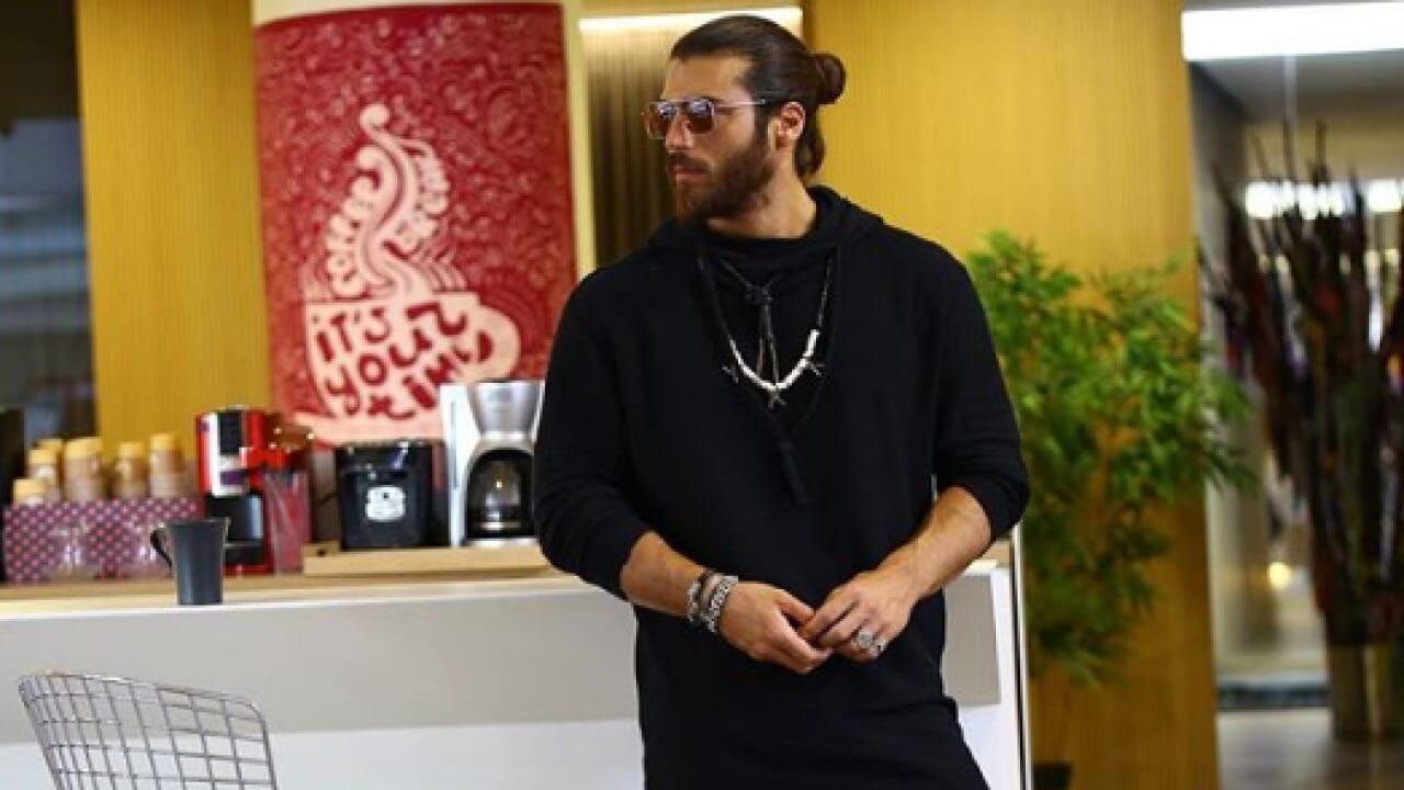 'TAM BİR KAMERA ARKASI'