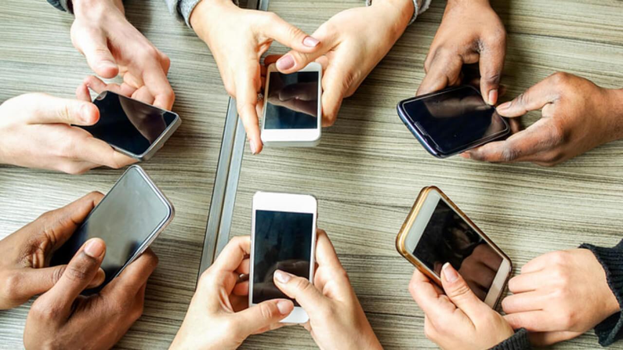 BİR YIL TELEFONSUZ YAŞAYABİLENE 100 BİN DOLAR ÖDÜL!