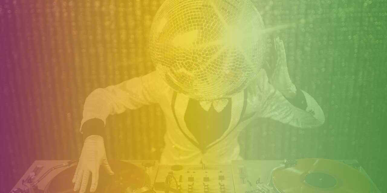 #evdekal - Metro FM Top 40